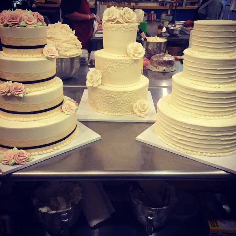 Bakers of Buffington -- Wedding Cakes, Christmas Gift Baskets, Pies ...